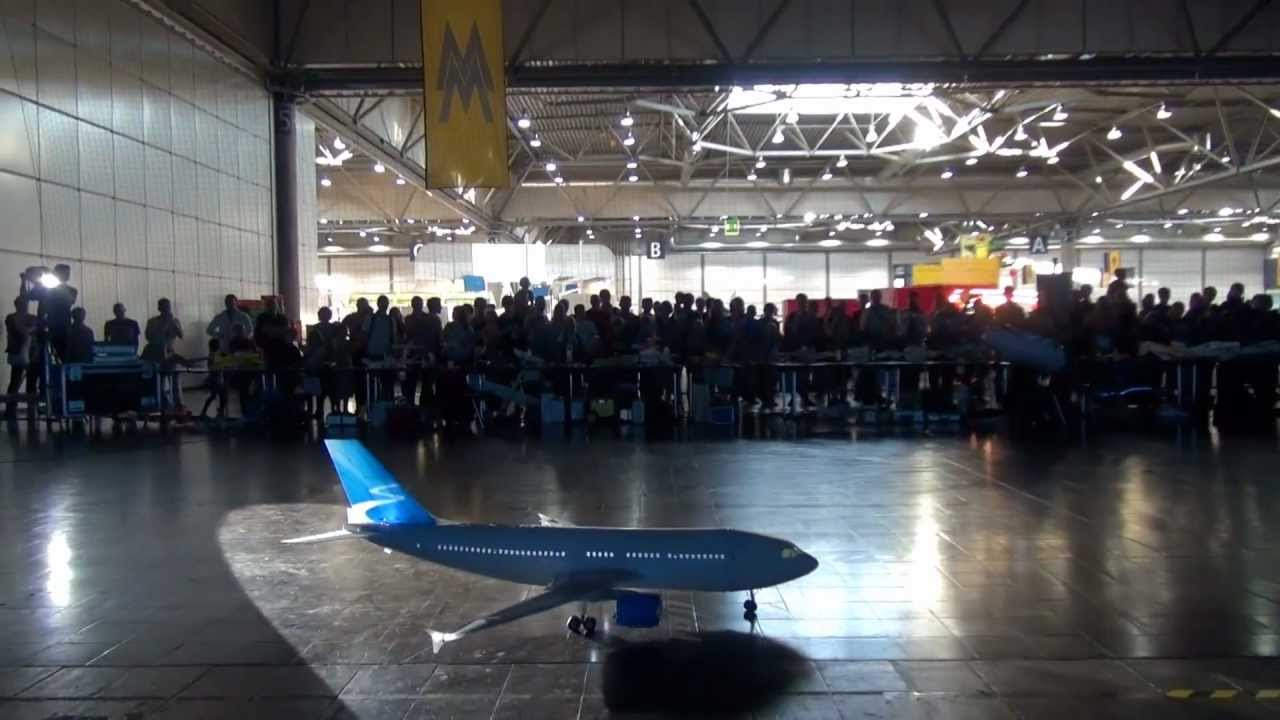 Flying an Airbus A310 RC Plane Indoors