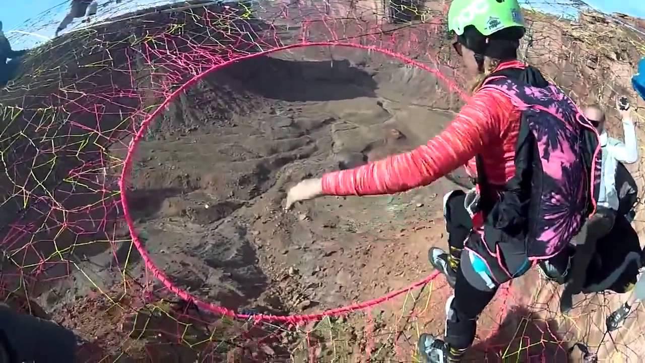 Daredevils Build Badass Handmade Net On A Cliff 400 Feet Above Ground